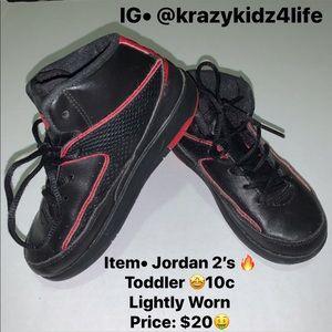 Jordan Retro 2's